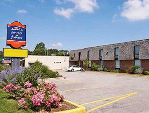 Howard Johnson Inn Tillsonburg - Click here to visit our website!