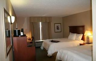 Hampton Inn and Suites by Hilton - Kitchener - Where comfort and affordability exceed your expectations. - 4355 King St. E., Kitchener,- 519-650-6090 -  1-877-600-6090 - Click here to visit our website!